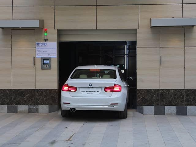 Automobile elevator-1